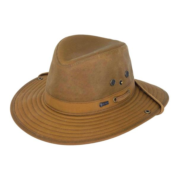 Outback - Chapeau Guide River